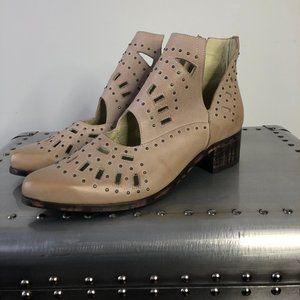 Sbicca Navarro NEW Booties Size 10